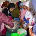 Pelatihan anggota POSDAYA di Sentra Tuna Ngadirojo Pacitan